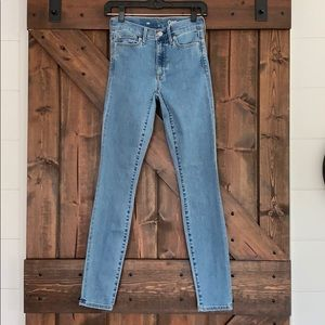 Gap Skinny High Rise Jeans Size 25R